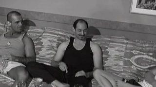 Orgie sexe de mecs musclés